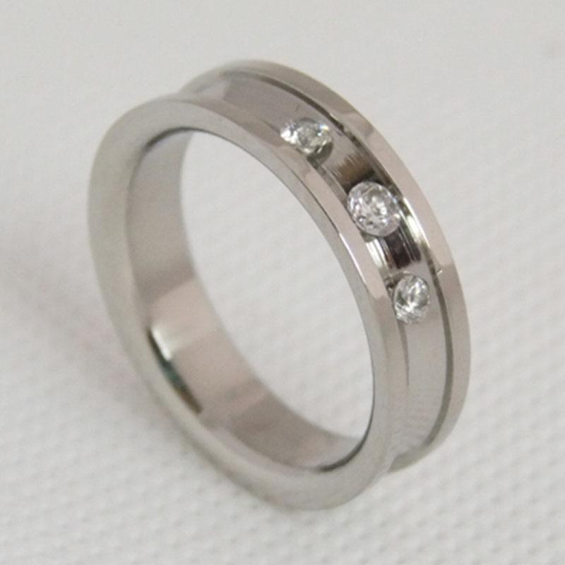 镶锆石不锈钢戒指 欧美简约戒指 饰品订做厂家