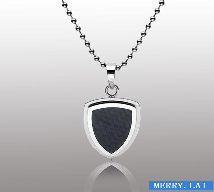 韩版简约时尚素版钛钢男士心形项链 吊坠