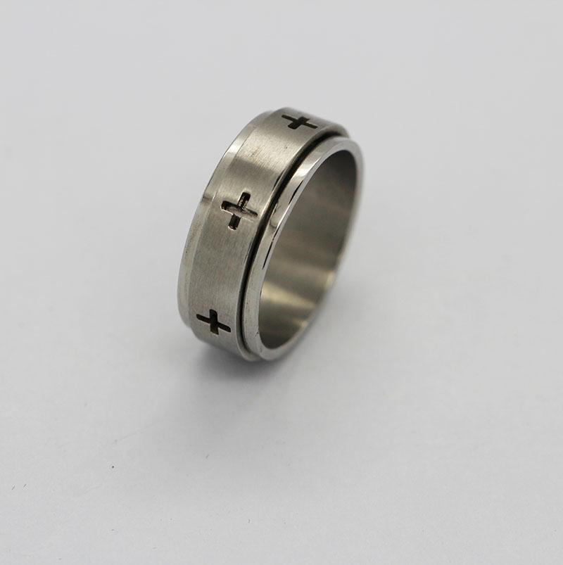 韩版男士戒指 经纹十字架戒指 不锈钢戒指定制
